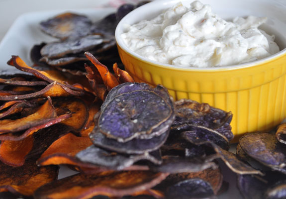caramelized-onion-dip-with-sweet-potato-chips-mountain-mama-cooks-1