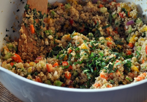 cranberry-cilantro-vegetable-quinoa-salad-mountain-mama-cooks-6