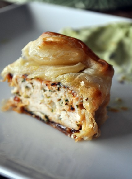 turkey-burger-avocado-aioli-recipe-mountain-mama-cooks-4