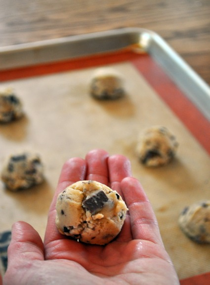 golf-ball-size-chocolate-chip-cookies-mountain-mama-cooks