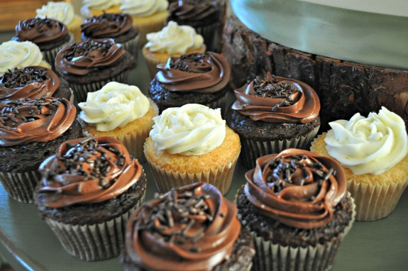 wedding cupcakes, mountain mama cooks