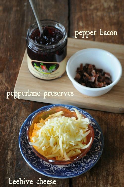 local ingredient breakfast pita sandwich, www.mountainmamacooks.com