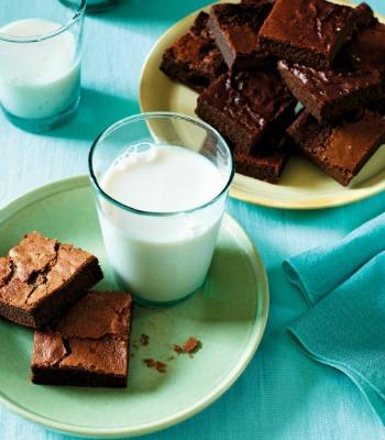 PCEP Flourless Nut-Free Brownies image p 116-1