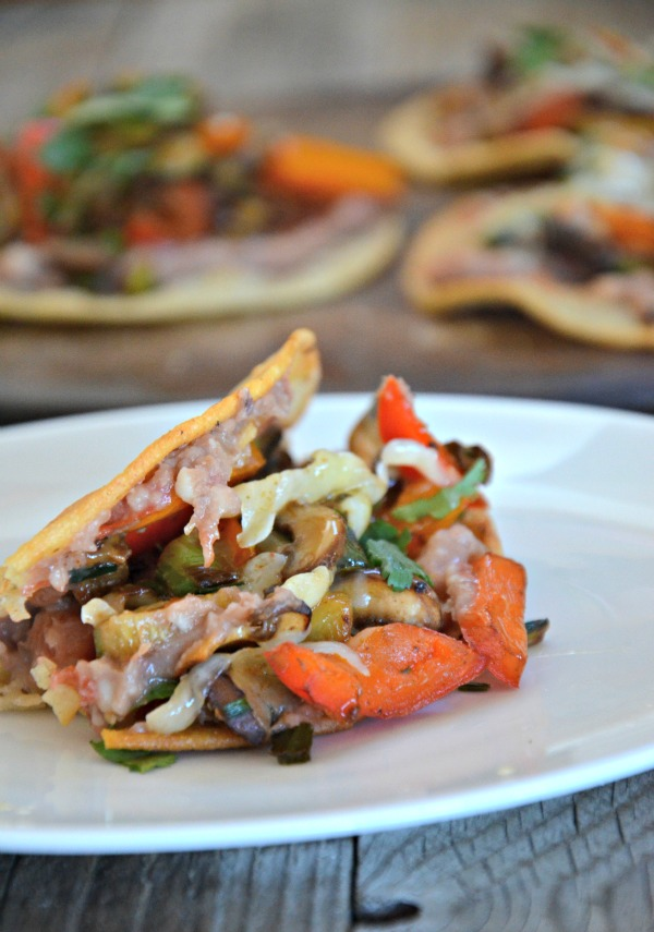 Kitchen Sink Veggie Tacos, www.mountainmamacooks.com #TacoTuesday