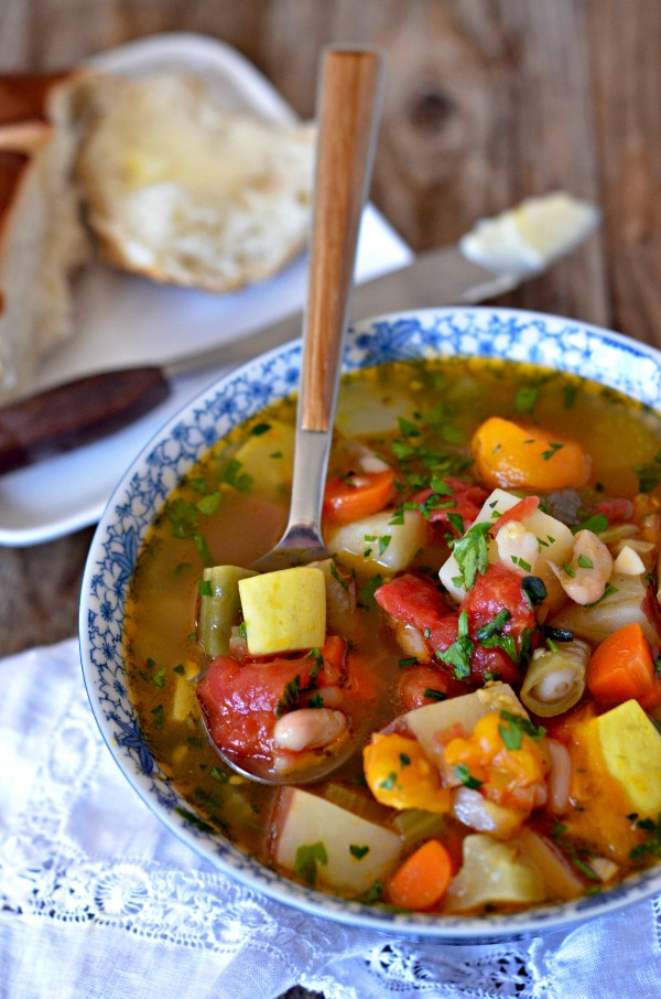 Vegetable and White Bean Soup   mountainmamacooks.com
