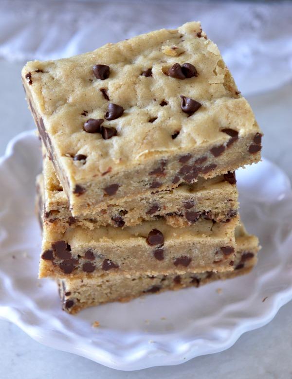 High Altitude Chocolate Chip Cookie Bars | mountain mama cooks